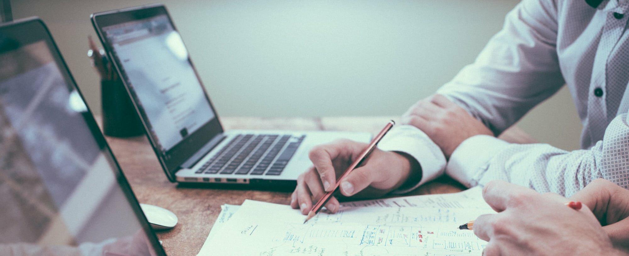 4 Dinge, die Sie bei der Erstellung eines effektiven Geräte- und Inventar-Management-Systems beachten sollten